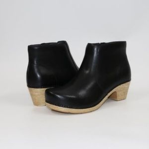Dansko Maria Leather Ankle Boots